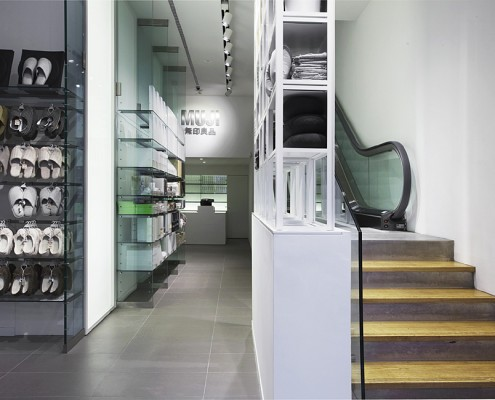 дизайн-проект, коммерческий интерьер, магазин одежды, современный стиль, минимализм