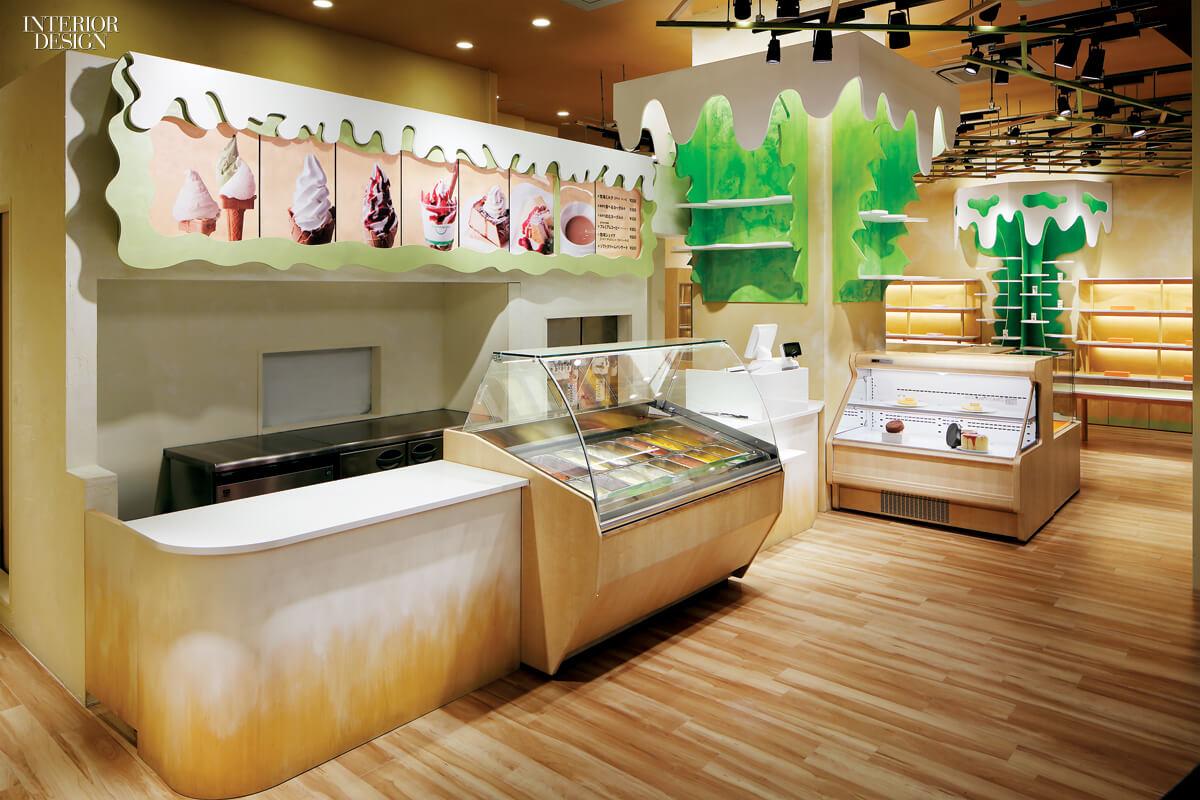 Интерьер магазина мороженного в Токио