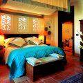 Желтая спальня в мексиканском стиле